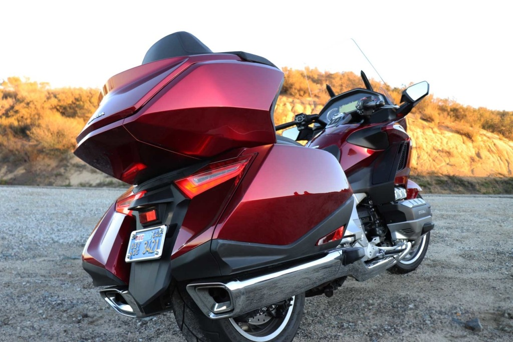 2018-Honda-Gold-Wing-Review-by-Chicago-News4