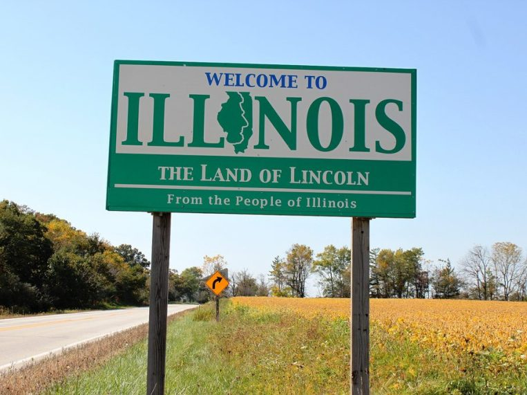 A Welcome to Illinois sign