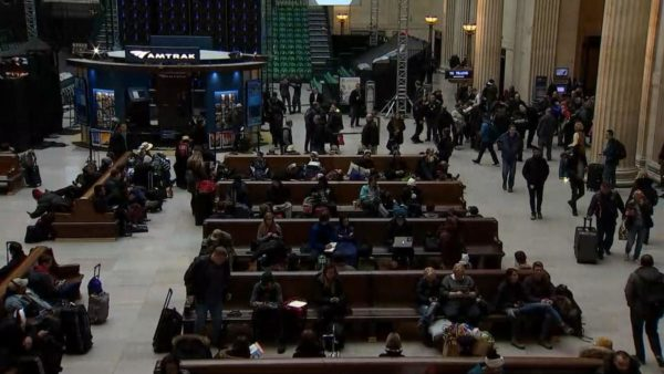 Metra, Amtrak Trains to Resume Normal Operations Friday Morning After Major Outage