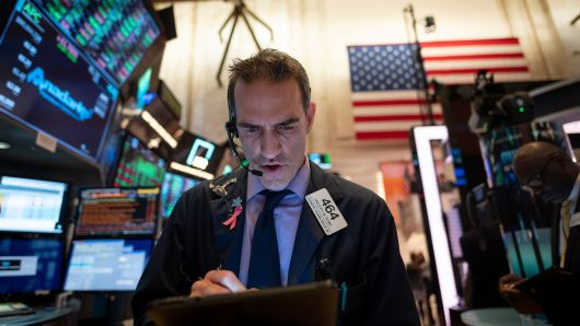 Biggest risk to US market is a surprise Fed rate hike: Medley Global