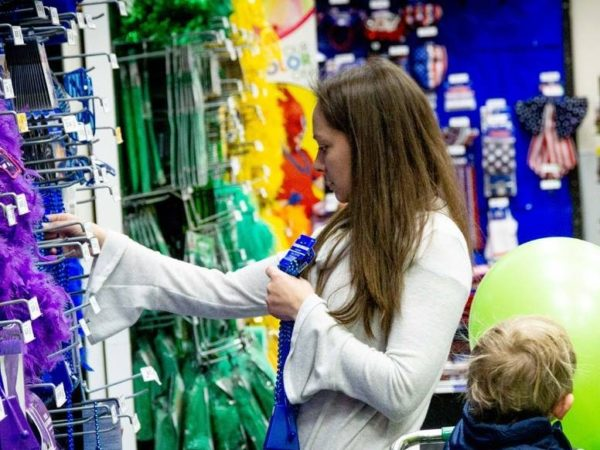 Party City closing 45 stores amid helium shortage