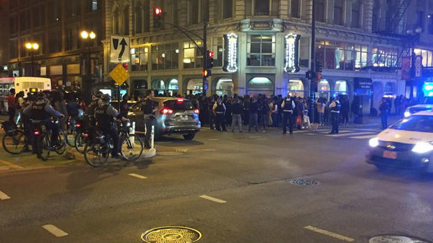 [CHI]  Cops Beef Up Mag Mile Presence After Teens Swarm Downtown