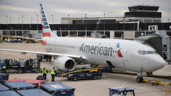 Travelers Stuck in Chicago After American Airlines Flight Canceled