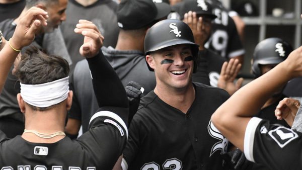 James McCann, Eloy Jiménez Homer as White Sox Beat Twins
