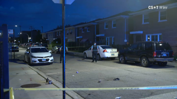 3 Dead, at Least 28 Wounded in Shootings Across Chicago