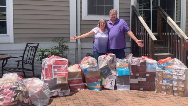 NJ Couple Buys Out Payless Store, Then Donates All the Shoes to a Women's Shelter