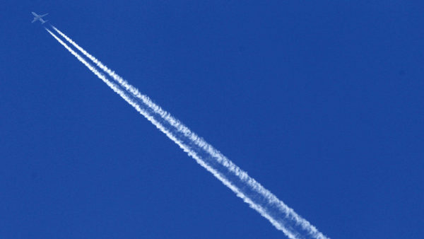 Study: Airplane Contrails Add to Climate Change and They're Getting Worse