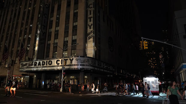 NYC Power Outage: Photos of the Blackout