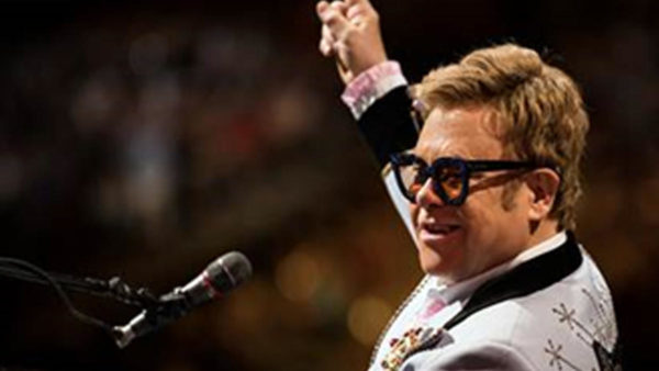 Elton John Adds Pair of Chicago Shows to Extended Farewell Tour