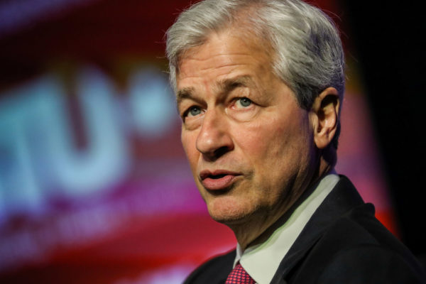 JPMorgan to pay record $920 million to resolve trading probes