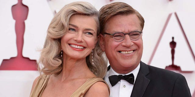 Paulina Porizkova said that she dressed as a 'female Oscar' in honor of her beau, Aaron Sorkin, who was up for awards. (ABC via Getty Images)