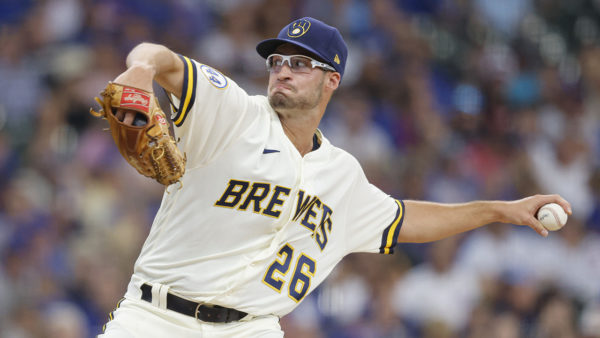 Ashby tagged, but Brewers sweep Cubs for 8th straight win