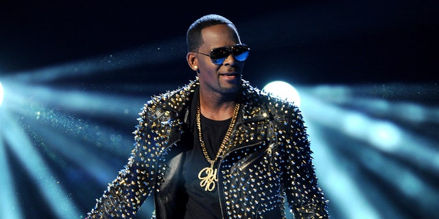 R. Kelly has been extradited from a prison in Chicago to New York ahead of his August trial for sex trafficking.