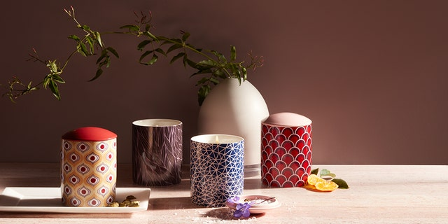 These dreamy scentscapes will liven up the table of any dinner party.