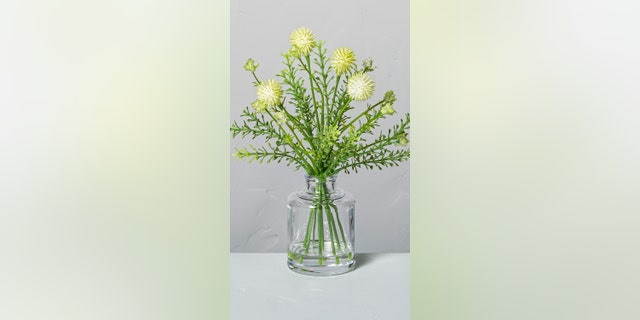 Choose from a 6.5- or 8.5-inch size for this darling fake bouquet of shrubs.