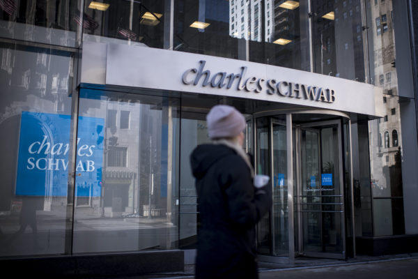 Charles Schwab to give most employees 5% raise for pandemic work