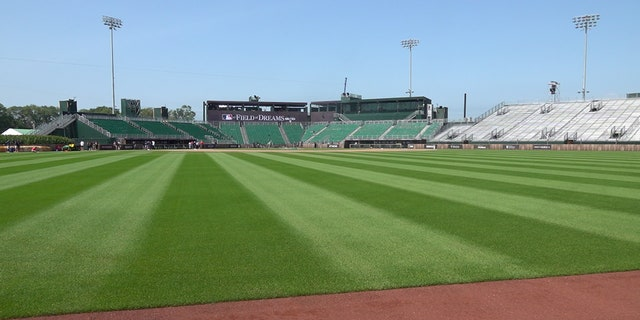 The temporary stadium for Thursday's game, which can seat 8,000 fans, was designed to resemble Chicago's old Comiskey Park.