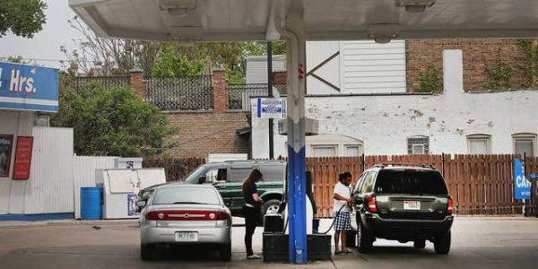 Asian and Arab American gas station owners in Chicago claim inspectors targeting them over race